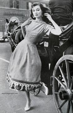 Ivy Nicholson wearingdress byGattinoni for Moda Italiana, Spring/Summer, 1956.