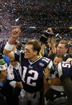 2001: Patriots shock NFL, beat Rams for first Super Bowl title