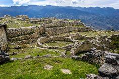 La impresionante fortaleza de Kuelap, capital chachapoyas
