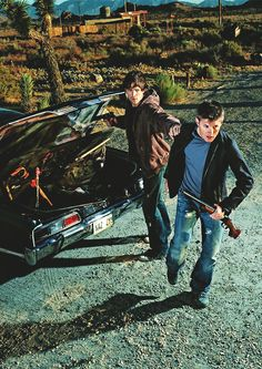 Jensen Ackles & Jared Padalecki as Dean & Sam Winchester Sam Dean, Sam And Dean Winchester, Winchester Brothers, Sammy Supernatural, Dean Castiel, Supernatural Seasons, Supernatural Bunker, Movies And Series, Cw Series