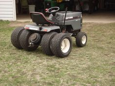 Craftsman Riding Mower 34340015895103276 - Sears Craftsman Mower Sears Lawn Riding … Source by dannywilsher Small Tractors, Old Tractors, Lawn Tractors, Antique Tractors, Vintage Tractors, Garden Tractor Pulling, Small Garden Tractor, John Deere Garden Tractors, Homemade Tractor