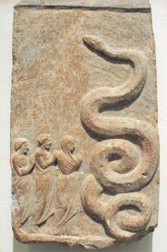 Votive relief to Zeus Meilichios - from the harbor of Zea, IV BC- now Altes Museum, Berlin Ancient Symbols, Ancient Artifacts, Ancient Aliens, Ancient Rome, Ancient History, Ancient Greece, Snake Art, Art Premier, Art Sculpture