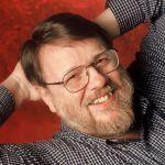 Ray Tomlinson linventeur du mail et de l@ est mort