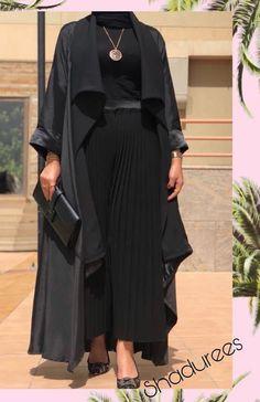 Iranian Women Fashion, Arab Fashion, Muslim Fashion, Modest Fashion, Fashion Dresses, Hijab Style Dress, Mode Abaya, Abaya Designs, Gowns Of Elegance
