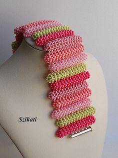 https://www.etsy.com/de/listing/263637874/kostenloser-versand-coralgrun-seed-bead?ref=shop_home_active_1