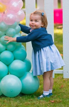 Charlotte couldn't take her hands off the balloons