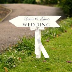 original_personalised_wedding_arrow_sign