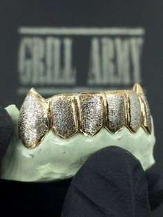 Dust Grillz w/ Extended Fangs Grillz, Cuff Bracelets, Buy And Sell, Rose Gold, Diamond, Pretty, Silver, Handmade, Stuff To Buy