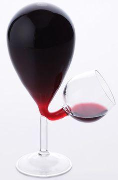 Galleria foto - Bottiglia e bicchiere per vino design Foto 1