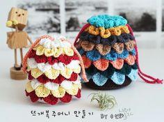 """다음 주면 벌써 설날~~!!설날이면 준비할 것도 많지만, 그중에 슬슬 기대하는 건 바로 福 """"福"""" ... Crochet Case, Embroidery Bags, Hats, Flower, Fashion, Totes, Crochet Box, Moda, Hat"""
