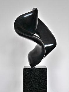 'Lasciva' by Jan van der Laan Stone Sculpture, Sculpture Art, Online Galerie, Organic Form, Centre Pieces, Wire Art, Art Drawings, Bronze, Ceramics