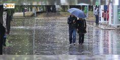 Meteorolojiden yağış uyarısı : Meteoroloji Ankara ve İstanbul başta olmak üzere yurdun bir çok yerinde sağanak yağış beklendiğini duyurdu. Yağış İstanbulda akşam saatlerine kadar aralıklı olarak etkisini sürdürecek.  http://ift.tt/2dQGiXR #Türkiye   #Meteoroloji #yağış #İstanbul #Yağış #duyurdu