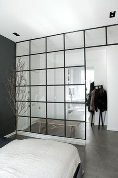 Metal frame window partition - http://www.homedecoras.net/metal-frame-window-partition