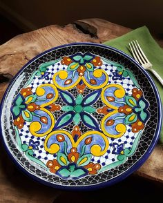 Original, Handcrafted Artwork: Centuries-Old Traditions The artistry of the Mosaico collection of Mayolica Talavera pottery elicits the soul of Italian pottery. Rookwood Pottery, Raku Pottery, Pottery Art, Pottery Sculpture, Thrown Pottery, Pottery Plates, Slab Pottery, Pottery Wheel, Ceramic Sculptures