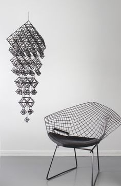 Diamond Bertoia space and an himmeli mobile. Straw Decorations, Wireframe Design, Home Goods Decor, Home Decor, Love Chair, Conkers, Luminaire Design, Take A Seat, Handmade Ornaments