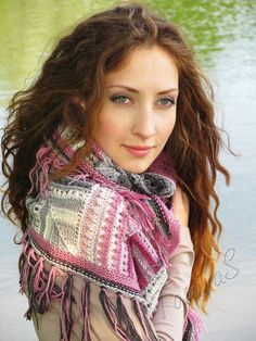 Easy shawl  handmade knitted scarf  woman summer by TominasName