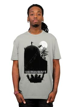 5ba2818e3 the zombie pianist ; moonlight zonataa.. T-shirt by rejagalu from Design By