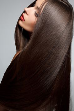 To help achieve long, thick, super soft hair! Massage Flannerys Own Certified Organic Coconut Oil in your hair 2 – 4 times a week, leaving in for approximately 20 – 25minutes, then wash out with shampoo. Continue to do this until your hair is healthy and glowing. You can then reduce to 2 – 4 times a month!
