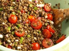 Cooking Hack: When making a meal with ground beef, replace some of the beef with lentils.Substitute up to half the amount of beef with cooked lentils. You've save a little money and consume less fat and calories. Clean Eating, Healthy Eating, Healthy Food, Depression Era Recipes, Lentil Salad, Cooking Recipes, Healthy Recipes, Ground Beef Recipes, Budget Meals
