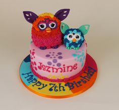 Furby cake Myla, Cakes For Boys, Girl Cakes, Celebration Cakes, Birthday Cakes, Fondant, Alice, Birthdays, Party Ideas