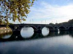 Bridge over the Garonne in Toulouse