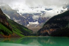Lake Louise, Banff National Park, Rocky Mountains, Calgary, Alberta, Canada