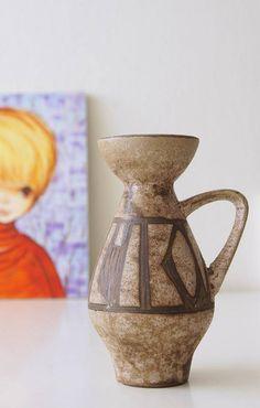 Bekijk dit items in mijn Etsy shop https://www.etsy.com/nl/listing/559902512/vintage-west-germany-vase-made-by