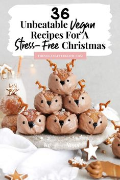 Are you looking for vegan Christmas recipes for Christmas Day? It's easy to start stressing about what you're going to eat if you're a vegan. Whether you're new to veganism or not, this is the year to Vegan Christmas Desserts, Vegan Christmas Dinner, Christmas Treats, Christmas Baking, Christmas Christmas, Vegan Christmas Cookies, Christmas Goodies, Holiday Treats, Christmas Stockings