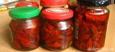 Fotorecept: Sušené paradajky v olivovom oleji Salsa, Mason Jars, Food And Drink, Canning, Recipes, Welding, Garden, Soldering, Garten