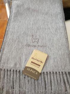 Chalina Peinada color 402, Medidas 180x22 cms. 30 % Alpaca Michell, bordado Alpaca Perú.