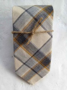 Love this plaid tie... | Essentials (men's accessories)