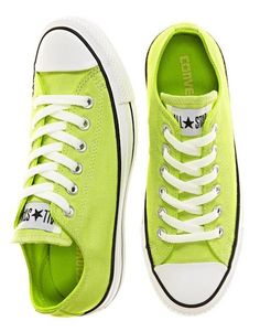 Converse Chuck Taylors High in Lime Converse All Star, Converse Chuck Taylor, Converse Sneakers, Neon Converse, Yellow Converse, Vans, Adidas Shoes, Chuck Taylors, Moda Fashion