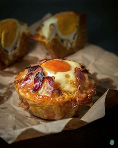 minced beef muffins with bacon & egg