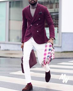Really cool photo of our dear friend @el.vino  #menswear #mensfashion #menstyle #mensstyle #ootdmen #collection #photography #creativeconcept #pink #inspiration #instafashion #londonfashion #fashionillustration #illustration #trendyclothes #fashion #swag #style #stylish #ootd #dapper #swagger #men #photooftheday #loafer #luxury #velvetslippers #mensshoe #slippers #mensfashionpost