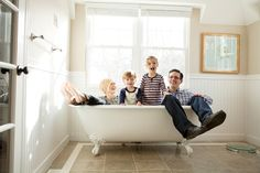 adorable family shot, in the bathtub! If only my bathroom were that gorgeous with a fantastic clawfoot tub and perfect natural light! We Are Family, Cute Family, Portrait Inspiration, Portrait Ideas, Love Amor, Great Pic, Family Outing, Family Photo Sessions, Life Photo