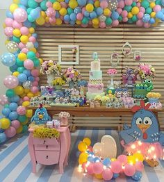Linda inspiração #unicornio com painel Maravilhoso da @party_signLiiiindo @party_sign Apaixonada 💖💖💖💖💖 Circus Birthday, Baby Birthday, Birthday Parties, Lottie Dottie, Candy Colors, Birthday Decorations, Alice, Party Themes, Balloons