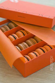 Beyaz Firin Macaroons is part of Macaroon packaging - Macaron packaging - Luxury packaging design Macaroon Packaging, Cake Boxes Packaging, Macaroon Box, Baking Packaging, Dessert Packaging, Glass Packaging, Food Packaging Design, Packaging Design Inspiration, Macarons