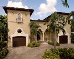 Inspired by Italian and Spanish Renaissance architecture, Mediterranean Revival is an architectural style introduced in the United States in the late century and peaking in popularity in and especially is the coastal areas of California and Florida. Best Exterior Paint, Exterior Paint Colors For House, Paint Colors For Home, Exterior Colors, Exterior Design, Tuscan Paint Colors, Architecture Résidentielle, Mediterranean Architecture, Mediterranean Style Homes