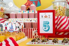 Festa Aniversário | Circo birthday decorations // party decorations ideas // circus Birthday Decorations, Party, Themed Parties, Ideas, Anniversary Decorations, Receptions, Parties, Birthday Party Decorations