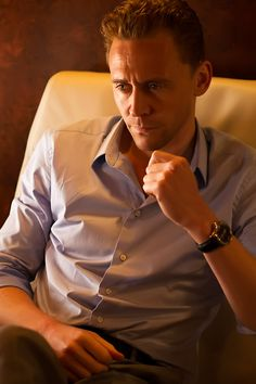 The Night Manager. Promotional Episode Photos - Episode 5. Full size image: http://i.imgbox.com/1JJv7qrR.jpg Source: http://images.spoilertv.com/The%20Night%20Manager/Season%201/Promotional%20Episode%20Photos/Episode%205/