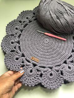 Crochet Placemat Patterns, Crochet Table Runner Pattern, Crochet Bedspread Pattern, Crochet Coaster Pattern, Crochet Basket Pattern, Crochet Motif, Crochet Designs, Free Crochet, Crochet Dollies