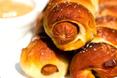 Auntie Annes Pretzels, Pretzel Dogs, Gluten Free Puff Pastry, Homemade Pretzels, Think Food, Food Lists, Clean Eating Snacks, Finger Foods, Good Food