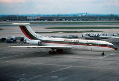 Gulf Air Vickers Standard VC10 (Series 1100) A4O-VL (c/n: 814) at London's Heathrow Airport (LHR) on 24 October 1976.