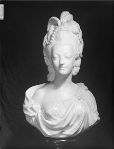 Marie Antoinette in the Round: Sculpture Pajou, Augustin. Marie Antoinette #art #18thcentury #history