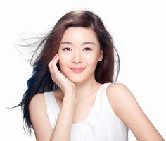 [K-Profile] Jun Jihyun  Name: 전지현 / Jun Ji Hyun (Jeon Ji Hyeon)  Real name: 왕지현 / Wang Ji Hyun (Wang Ji Hyeon)  English name: Gianna Jun  Nickname: CF Queen Ji-hyun  Profession: Model and actress  Birthdate: 1981-Oct-30 (age 33)  Birthplace: Seoul, South Korea  Height: 172cm  Weight: 48kg  Star sign: Scorpio  Blood type: B  Family: Older brother and husband/banker Choi Joon Hyuk (최준혁)  cr: wiki d-addicts, edited by: @koreabasecamp (IG)  #junjihyun #gianajun #cheonsongyi #manfromthestar #kpop