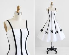 vintage 1950s dress / 50s dress / White and Black by RococoVintage
