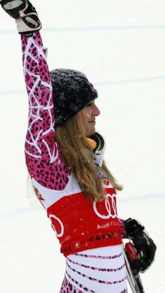 35e4b0e8c6d First American woman to ever win gold in downhill (Winter Olympics
