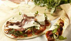 Ein tolles Gericht für die Mittagspause. Wraps Bolognese alla Parma ganz einfach daheim vorbereiten