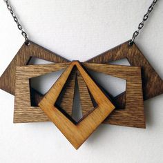 Wood Necklace, Arrow Necklace, Jewelry Necklaces, Woodworking Shop, Woodworking Projects, Coconut Shell Crafts, Laser Cut Jewelry, Wooden Bow Tie, Craft Show Ideas