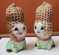 Vintage Anthropomorphic Peanut Baby Salt and Pepper Shakers. Please see photos for condition details and be sure to check out my other listings -I'm selling off a crop of shakers and offer combined sh. Peanut Cookies, Vintage Tableware, Salt And Pepper Set, Salt Pepper Shakers, Kitsch, Spice Things Up, Art Dolls, Stuffed Peppers, 1950s Toys